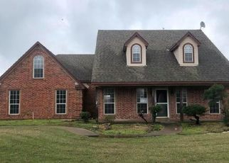 Foreclosed Home in Royse City 75189 NUBES CIR - Property ID: 4463820626