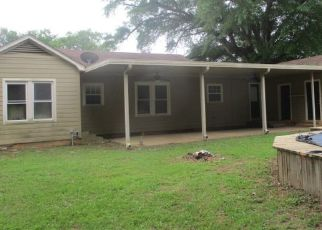 Foreclosed Home in Henderson 75652 WOODLAWN ST - Property ID: 4463821945