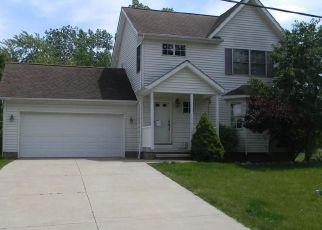 Foreclosed Home in Chagrin Falls 44023 BEDFORD ST - Property ID: 4463865291