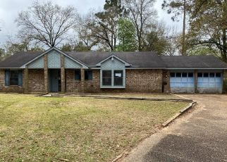 Foreclosed Home in Mobile 36618 CAMDEN CIR - Property ID: 4463985292
