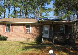 Foreclosed Home in Roanoke Rapids 27870 VINE ST - Property ID: 4464009383