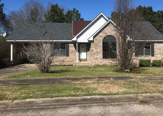 Foreclosed Home in Tuskegee 36083 MAXWELL DR - Property ID: 4464046166