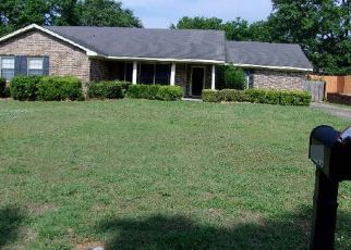 Foreclosed Home in Montgomery 36106 VAUGHN LN - Property ID: 4464047491