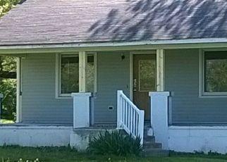 Foreclosed Home in Farmington 63640 HILLSBORO RD - Property ID: 4464074200