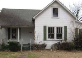 Foreclosed Home in Poplar Bluff 63901 N MAIN ST - Property ID: 4464078592