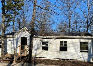 Foreclosed Home in Potosi 63664 LODGESTONE LN - Property ID: 4464080787