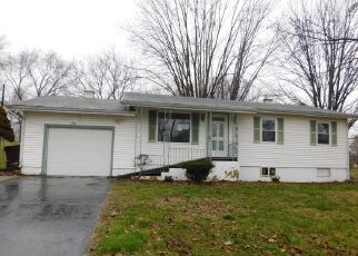 Foreclosed Home in Elsberry 63343 RIVERVIEW DR - Property ID: 4464084725