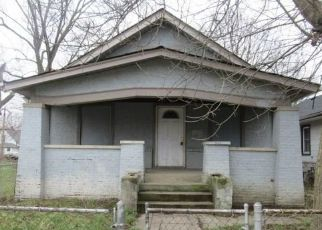Foreclosed Home in Indianapolis 46201 N PARKER AVE - Property ID: 4464177569