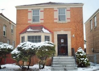 Foreclosed Home in Chicago 60620 S JUSTINE ST - Property ID: 4464220939