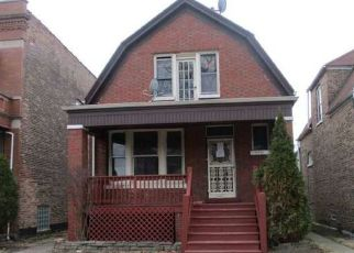 Foreclosed Home in Chicago 60636 S HONORE ST - Property ID: 4464266476
