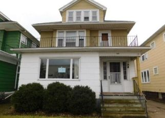 Foreclosed Home in Buffalo 14216 TACOMA AVE - Property ID: 4464318150