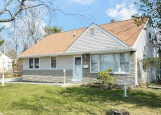 Foreclosed Home in Wenonah 08090 MUHLENBERG AVE - Property ID: 4464344443