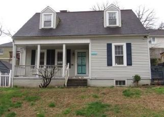 Foreclosed Home in Charleston 25302 CLEVELAND AVE - Property ID: 4464411449