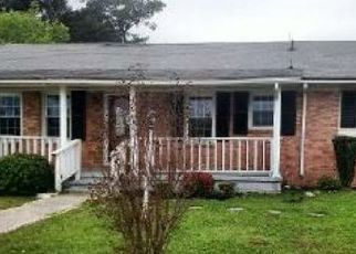 Foreclosed Home in Mount Olive 28365 ELMORE ST - Property ID: 4464451299