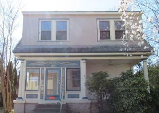 Foreclosed Home in Lansdowne 19050 COOPER AVE - Property ID: 4464561222