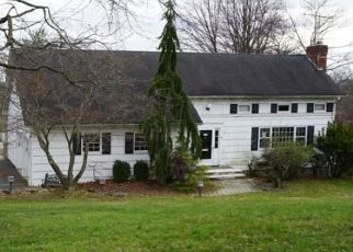 Foreclosed Home in Livingston 07039 MORNINGSIDE DR - Property ID: 4464574820