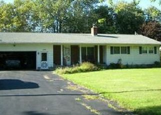 Foreclosed Home in Dunkirk 14048 W LAKE RD - Property ID: 4464602402