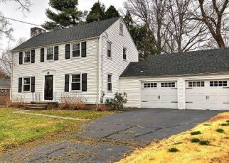 Foreclosed Home in Hamden 06517 JESSWIG DR - Property ID: 4464686944