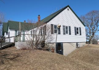Foreclosed Home in Windsor 04363 COOPERS MILLS RD - Property ID: 4464726796