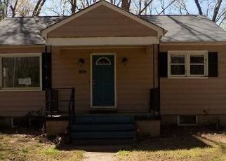 Foreclosed Home in Petersburg 23803 ROANE ST - Property ID: 4464776721