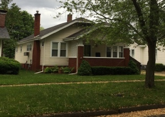 Foreclosed Home in Mattoon 61938 S 15TH ST - Property ID: 4464789419