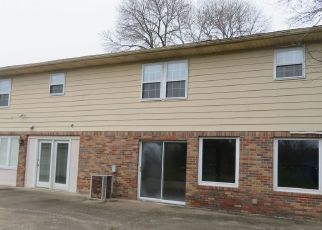 Foreclosed Home in Evansville 47720 SAINT WENDEL RD - Property ID: 4464803880
