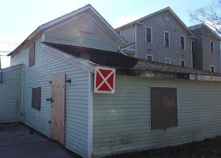 Foreclosed Home in Canastota 13032 CANAL ST - Property ID: 4464839350
