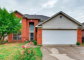 Foreclosed Home in Fort Worth 76123 CLOVERGLEN LN - Property ID: 4464886203