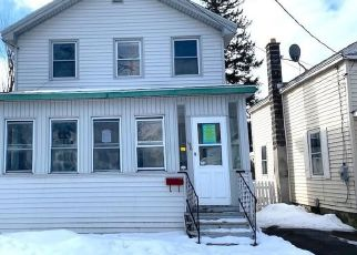 Foreclosed Home in Oswego 13126 E 9TH ST - Property ID: 4464924760