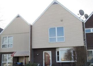 Foreclosed Home in Dover 17315 EQUINOX RD - Property ID: 4464931319