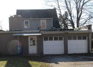 Foreclosed Home in York 17401 W MARKET ST - Property ID: 4464933516