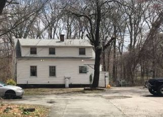 Foreclosed Home in Millbury 01527 WHEELOCK AVE - Property ID: 4464948851