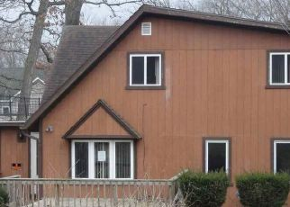 Foreclosed Home in Edgerton 53534 E ROAD 4 - Property ID: 4464977305