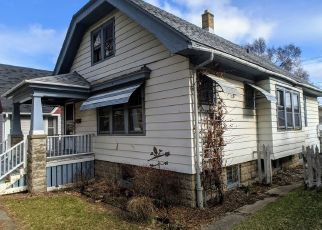 Foreclosed Home in Milwaukee 53216 W MEDFORD AVE - Property ID: 4464979951