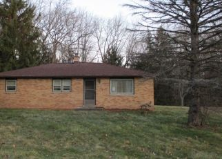 Foreclosed Home in Waterford 53185 PIONEER RD - Property ID: 4464989127