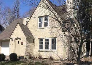 Foreclosed Home in Madison 53704 LAKEWOOD BLVD - Property ID: 4464991771