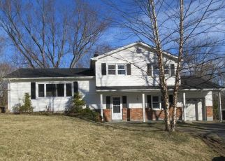 Foreclosed Home in Yorktown Heights 10598 JILL CT - Property ID: 4465019350