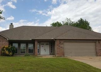 Foreclosed Home in Sand Springs 74063 W 1ST ST S - Property ID: 4465088107