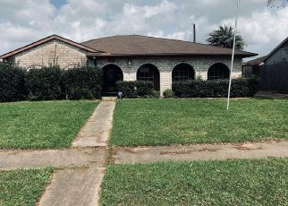 Foreclosed Home in Houston 77089 SAGEWILLOW LN - Property ID: 4465128410