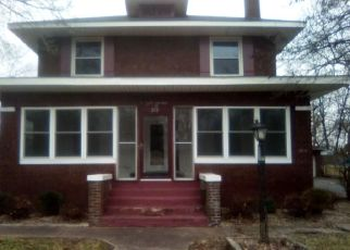 Foreclosed Home in Belleville 62220 S 11TH ST - Property ID: 4465233527