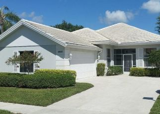 Foreclosed Home in Palm Beach Gardens 33410 WAKEFIELD DR - Property ID: 4465304477