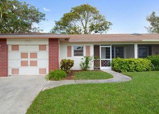 Foreclosed Home in Delray Beach 33484 VIA VESTA - Property ID: 4465324179