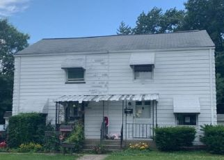 Foreclosed Home in Euclid 44132 E 256TH ST - Property ID: 4465397771