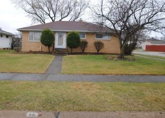 Foreclosed Home in Independence 44131 E DAWNWOOD DR - Property ID: 4465400840