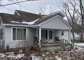Foreclosed Home in Pontiac 48340 GIDDINGS RD - Property ID: 4465415728