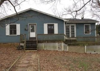 Foreclosed Home in Lexington 27292 WALL ST - Property ID: 4465427549