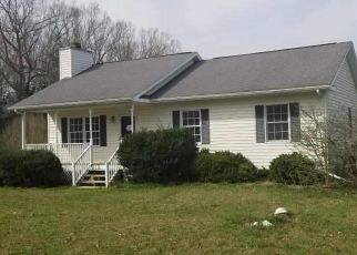 Foreclosed Home in Efland 27243 WAGON FARM RD - Property ID: 4465431488