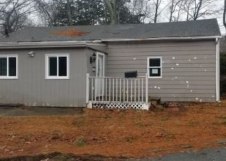 Foreclosed Home in Norwich 06360 BURTON CT - Property ID: 4465445505