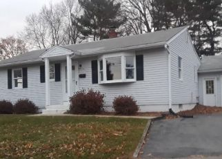 Foreclosed Home in Milford 06460 GRAPEVINE ROW - Property ID: 4465447250