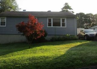 Foreclosed Home in Meriden 06451 HILLCREST AVE - Property ID: 4465452964